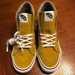 5363f9edb040d7 Vans Shoes - New in Box Vans Skate Hi Top Slim Mustard Suede